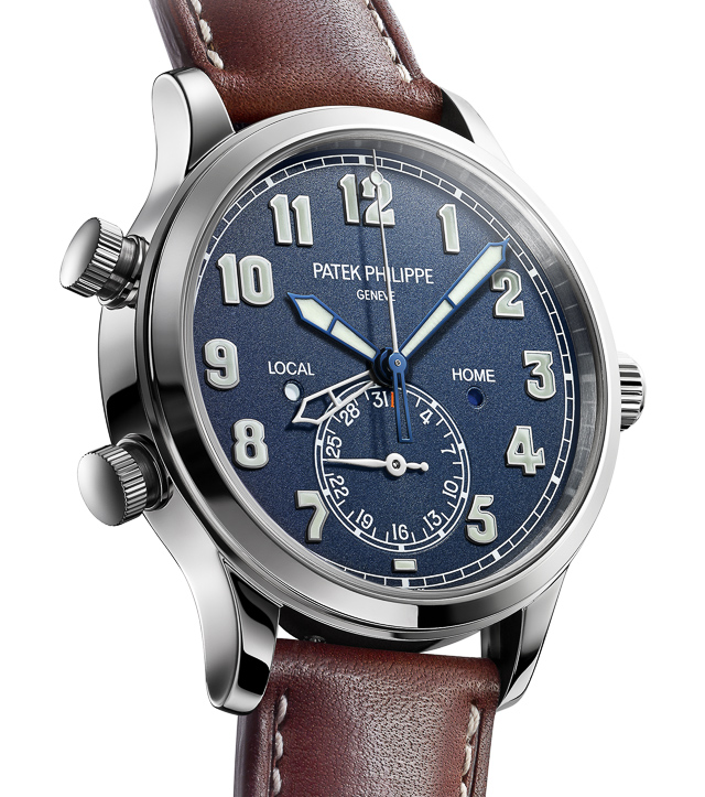 Patek-Philippe-Calatrava-Pilot-Travel-Time-5